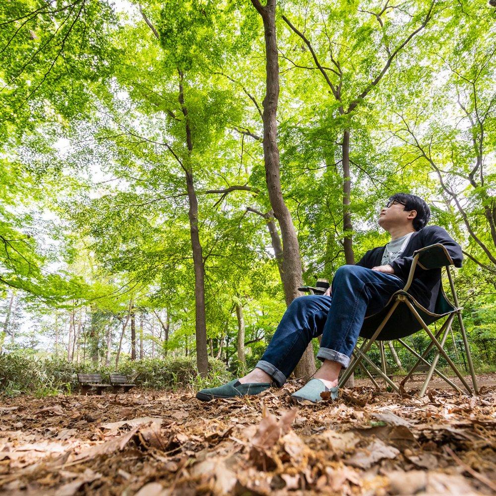 """今日は椅子をたずさえて。チェアリングで""""非日常""""を楽しむ【ご近所さんぽを楽しむ方法】"""