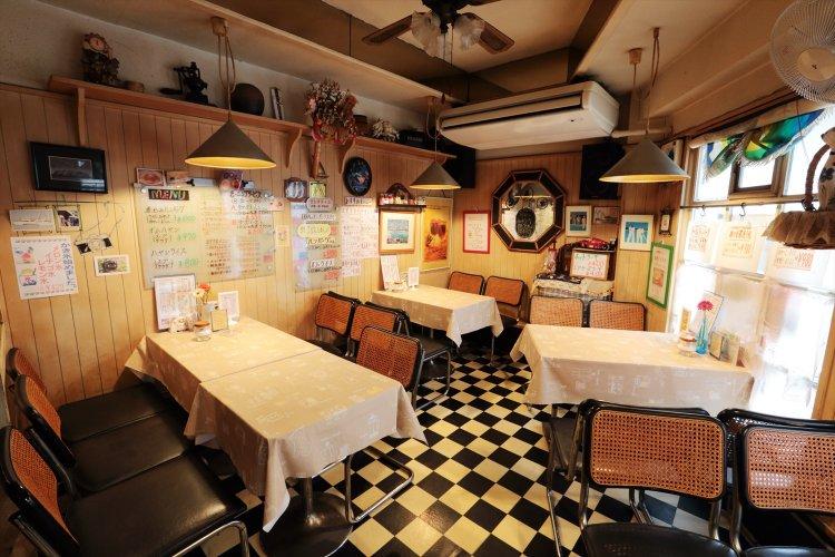 レストラン&カフェ ボンジュール