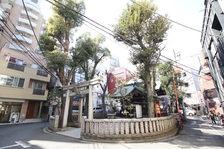 恵比寿地区の産土(うぶすな)の神、恵比寿神社。10月19・20日にはべったら市も開催される。