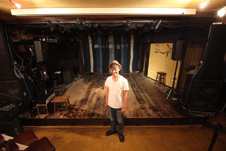「配信ライブは、いいアーティストを気軽に知ってもらうチャンスでもある」と『晴れたら空に豆まいて』の松崎信太郎さん。
