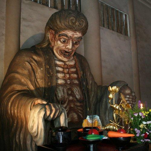 地獄のファーストレディ「奪衣婆」。信仰の本場は江戸・東京なのだ【東京さんぽ図鑑】