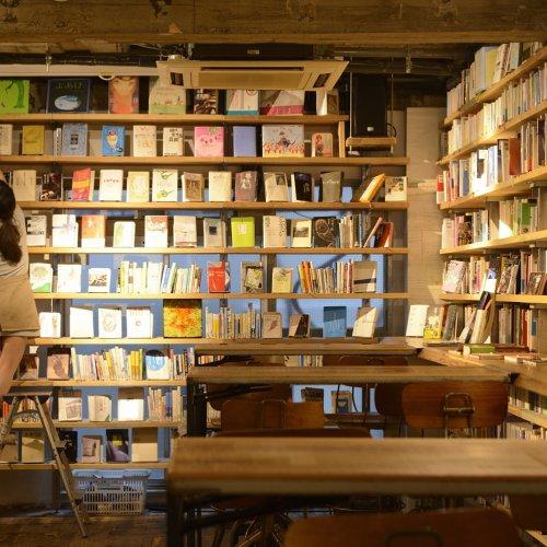 「図書館で〇〇するのが夢……」を叶える! 東京で本に囲まれて過ごせる施設