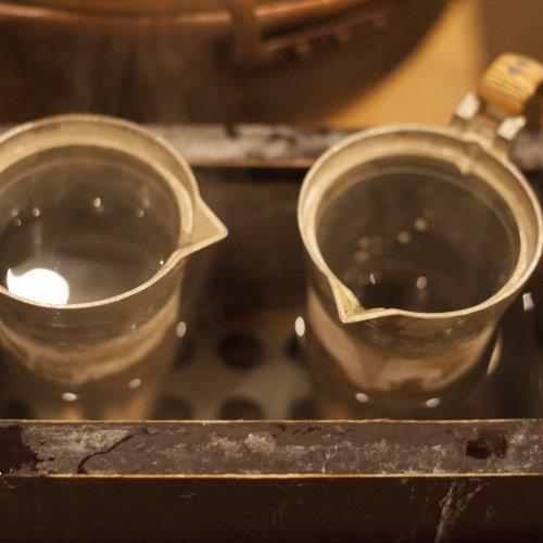 日本酒を語るなら燗酒は外せない。一手間かけた日本酒を味わう、燗酒のうまい店