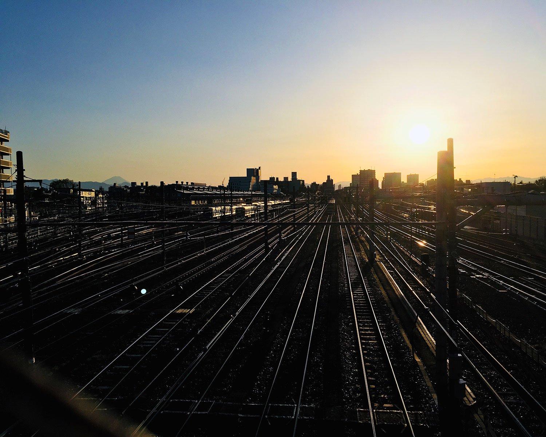 休日は電車好きのちびっ子でにぎわう鉄道スポットでもある。