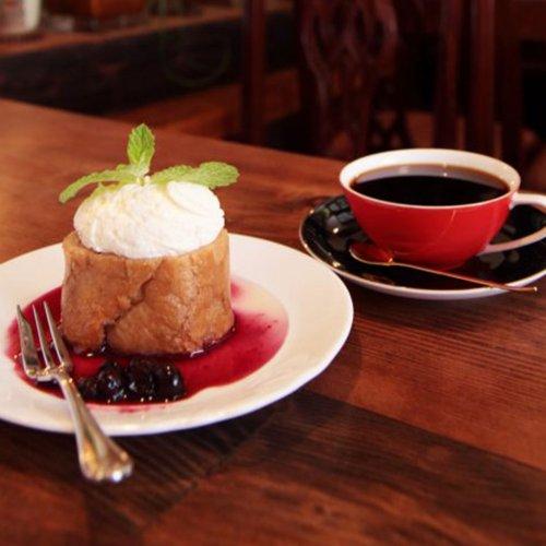 空間、人柄、味わいが唯一無二! 金町の下町喫茶で、ゆったり流れる時間を味わう。