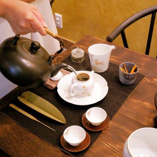 貴重な台湾茶を東京で! 無農薬の茶葉を扱う本格茶藝館『蓮月庭』