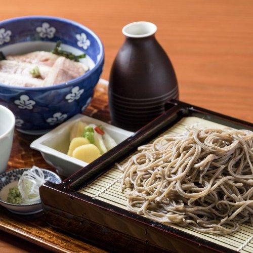 下北沢・明大前のそば屋は、麺食いも唸る、素材と製法にこだわった店が勢ぞろい。