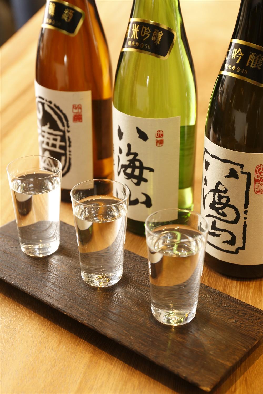 呑み比べBセット60ml×3杯1620円は大吟醸、純米吟醸、吟醸。