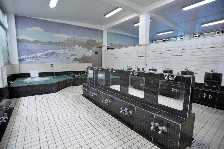 赤羽_富士の湯_男湯浴室
