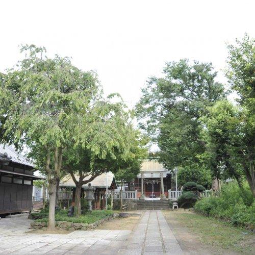 岩淵八雲神社は、日光御成道の宿場として栄えた赤羽岩淵の鎮守