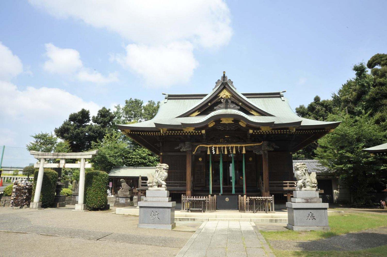 現在の社殿は昭和6年(1931)の建設で、昭和63年(1988)に一部改修されている。