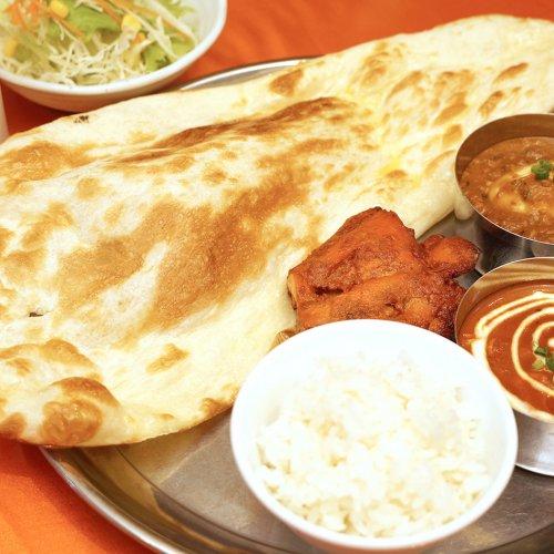 地元民に愛される本格インド料理『クマル アジアンキッチン荻窪店』でカレーを食す