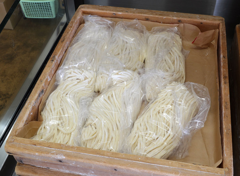 温井(ぬくい)製麺