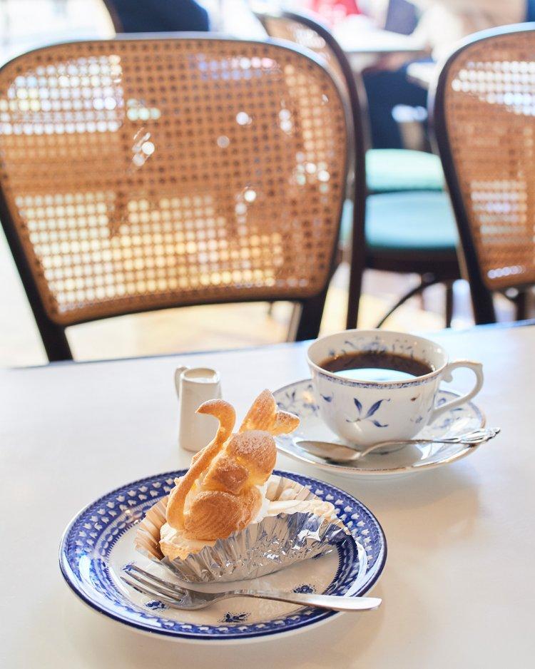 欧風菓子白鳥(しらとり)