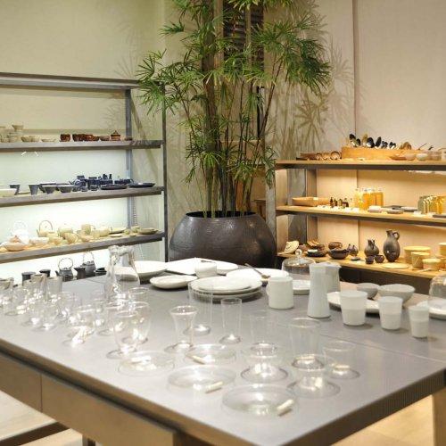 """清澄白河のすてきな雑貨店5選。天然素材の生活用具から和食器や理化学ガラス製品まで、店主の""""好き""""が詰まった楽しいお店。"""