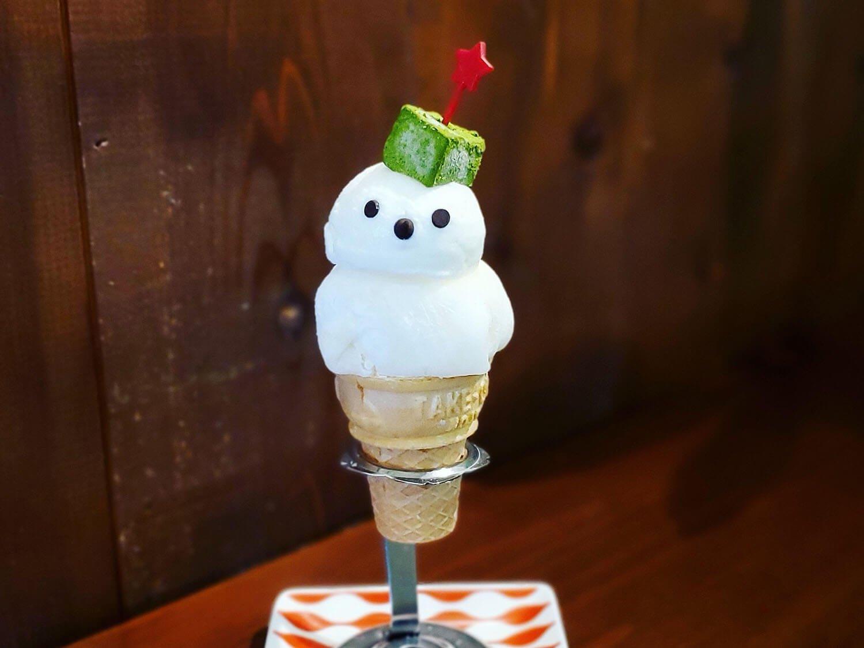 夏の雪だるま700円。