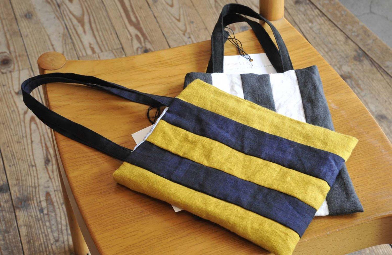 海外から買い付けたヴィンテージ布を使った瀬良田さん手作りのバッグ各4180円。