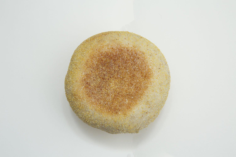 酵母のイングリッシュマフィン190円。