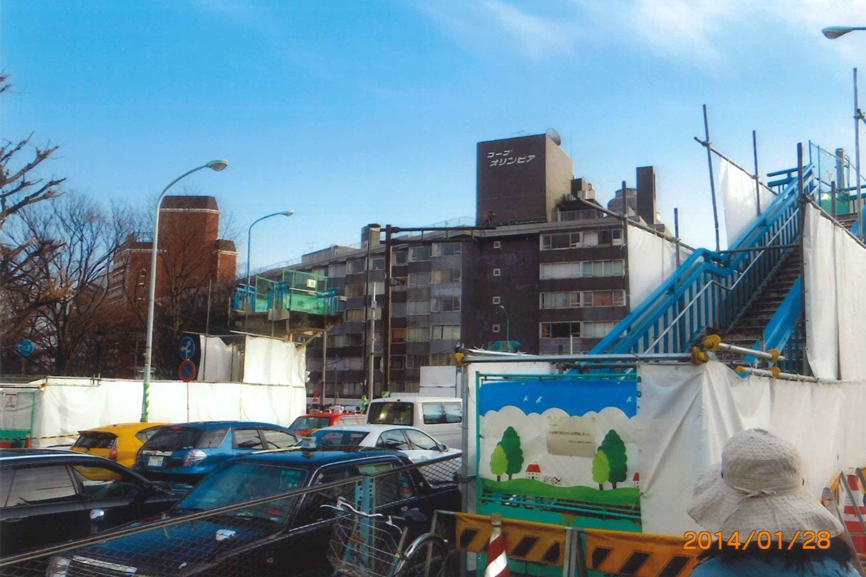 原宿駅前歩道橋01