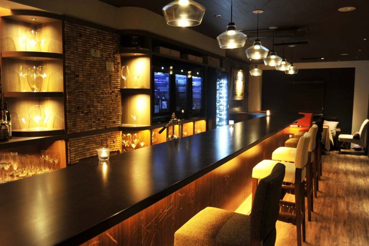 Wine bar LOOPY(わいん ばー るーぴー)
