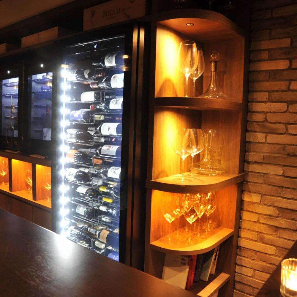 蒲田の新店『Wine bar LOOPY』で、ボトル100種、グラス17種を味わう