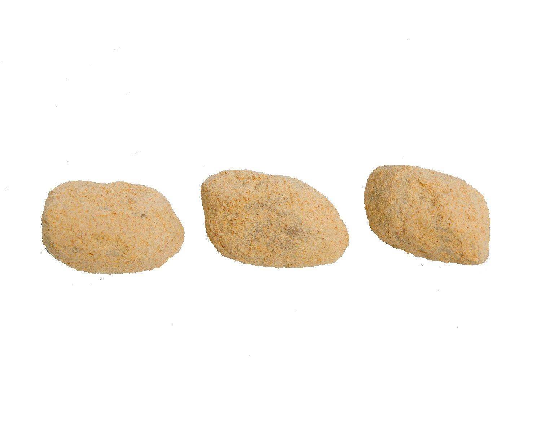 きなこ玉 120g入り220円/黒糖と水飴、国産きなこをこね鉢でよくこねる。職人の丁寧な仕事によって作られるソ フトな歯触りが絶妙。