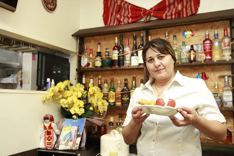 2001年に来日した中川マリヤモニカさんが切り盛り。店名のM&Yは、Me&Youのこと。