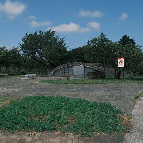 職場の隣にある「廃」 調布飛行場周辺に残る旧陸軍航空隊の掩体壕3基~廃なるものを求めて第2回~
