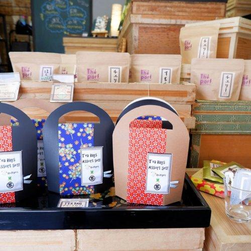 """フランス出身の""""ソムリエ""""が人形町『おちゃらか』から広める日本茶の魅力"""