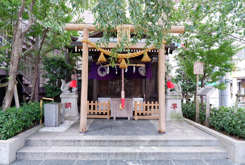 茶ノ木神社。