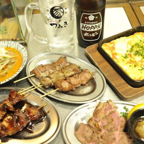 神田駅前の『もつ焼大衆酒場 つみき』で、朝締めのもつ焼きを立ち飲みで食す!