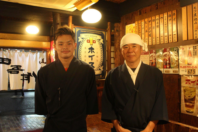 左から、松坂さんの息子さん、2代目店主の松坂さん。