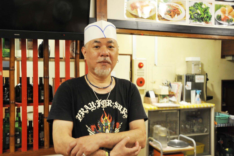 「担々麺やサンマー麺だけでも700円しますから、ランチセットは絶対お得です」とスタッフの並木俊男さんが教えてくれた。