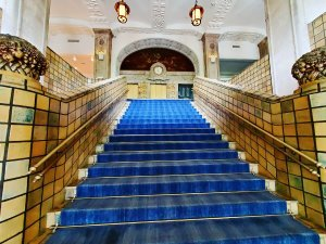 ホテルニューグランド 本館 大階段