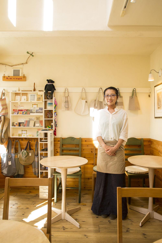 江上さん一家の手作りにあふれた店。