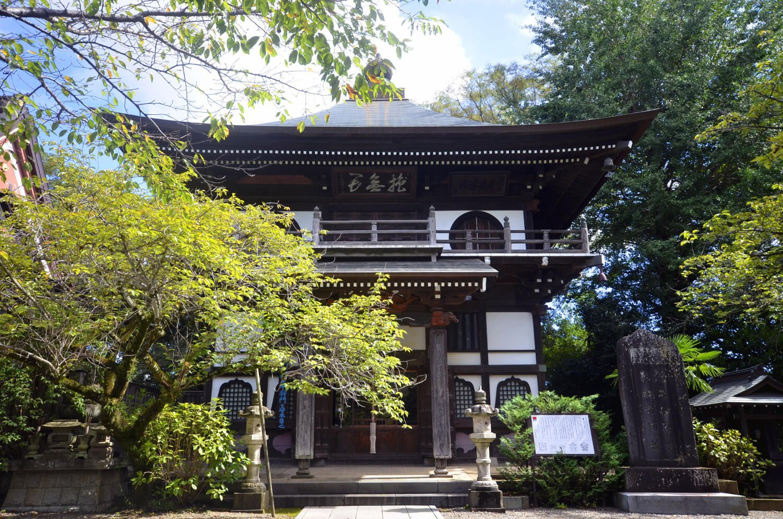 安吾も参拝しただろう長禅寺三世堂は、めずらしいさざえ堂形式。