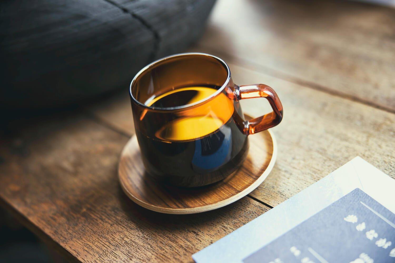オリジナルブレンドコーヒー500円。器も店の雰囲気に合っている。