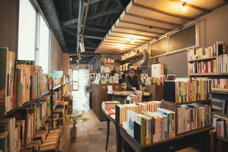 新刊が8割を占める店内。2019年1月にオープンした。