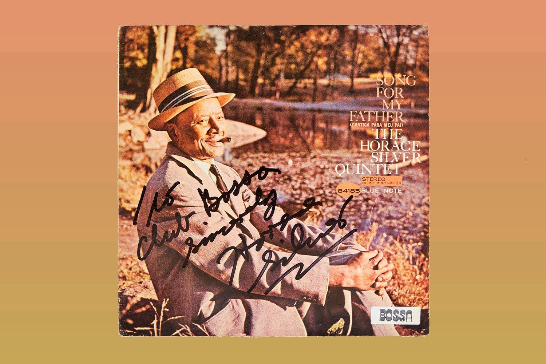 秋は夕暮れ。ジャズ&ウォーク枯れ葉編/全国ジャズ喫茶の店主が選ぶ名盤から、BPM120前後で秋のウォーキングプレイリストを作ってみた