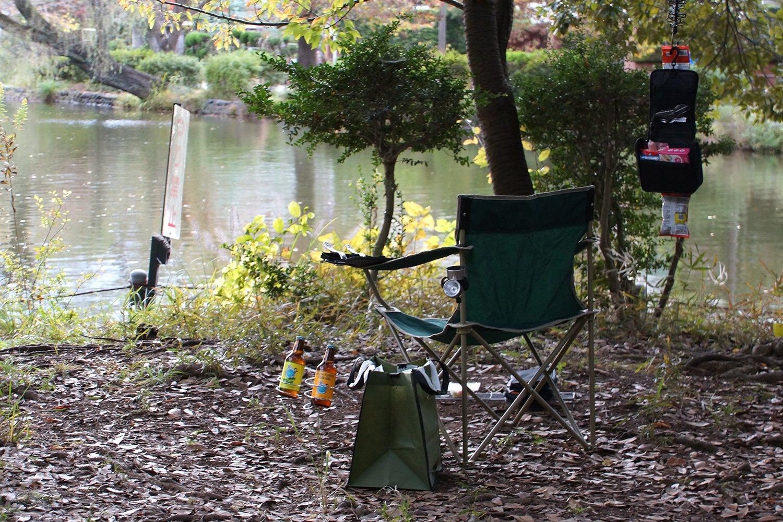 本日最後の気づき。椅子をカスタムしすぎると、そこに住んでいる人に見えてしまう。