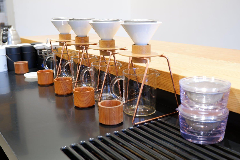 独自で開発した日本茶専用のハンドドリッパー。