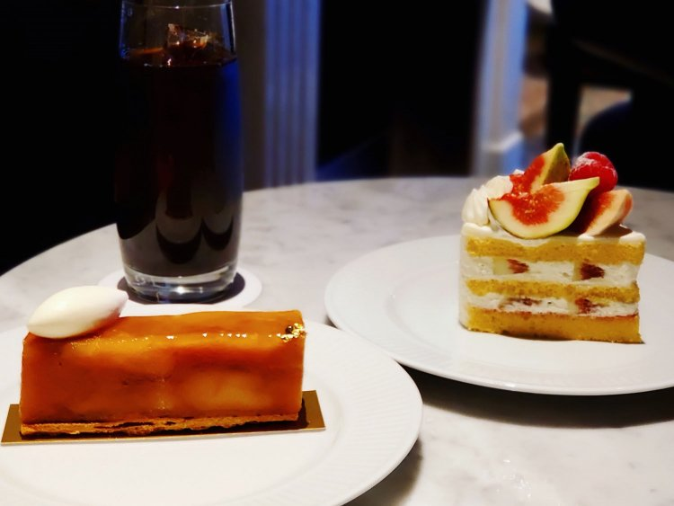 樹齢130年の古木の紅玉を贅沢に使ったタルトタタンを堪能『SPROUT cafe(スプラウトカフェ) さくら坂』~黒猫ス...