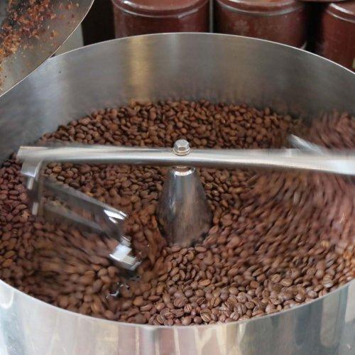 伝承される自家焙煎の技。1957年創業の『神田珈琲園』でこだわりのコーヒーを