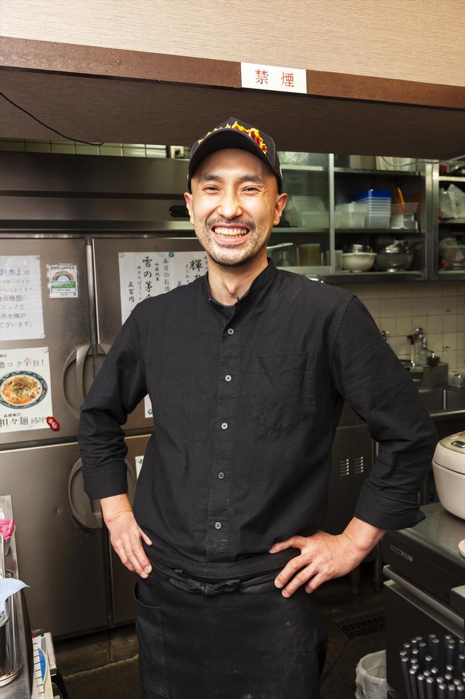 2015年に開業した中川さん。実は、現役で俳優業もこなしている多才な人だ。