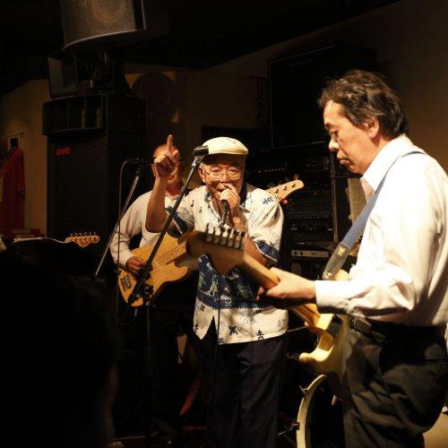 知らない音楽に出合える東京のバー・カフェ4店とレコードショップ2店。未知なる体験を保証します!