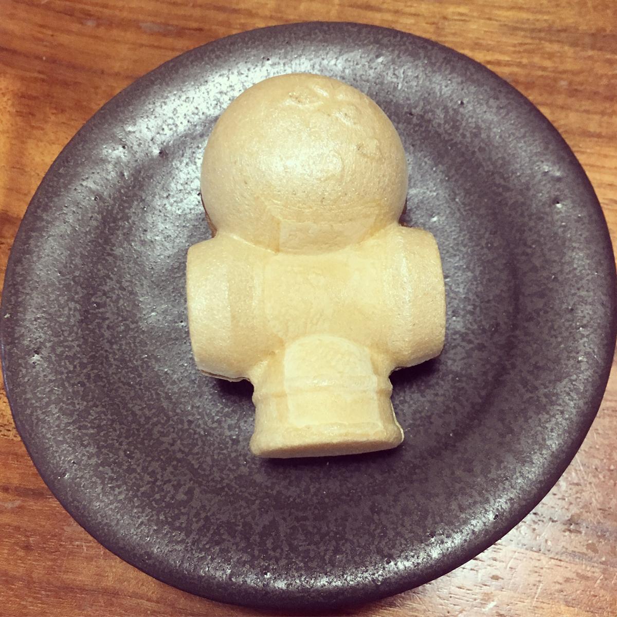 けん玉もなか。小倉・柚子・抹茶味がある。(2018年)
