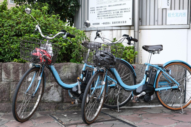 レンタサイクル利用時はヘルメットの着用を義務づけている。