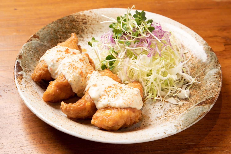 チキン南蛮990円。ももやきと同じ宮崎産の地鶏を使用。