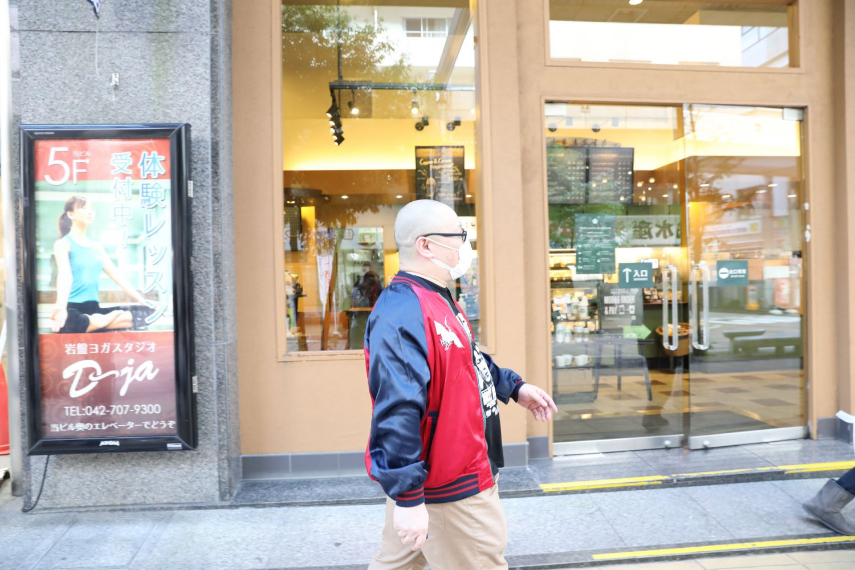 懐かしのコリドー通りを歩く。
