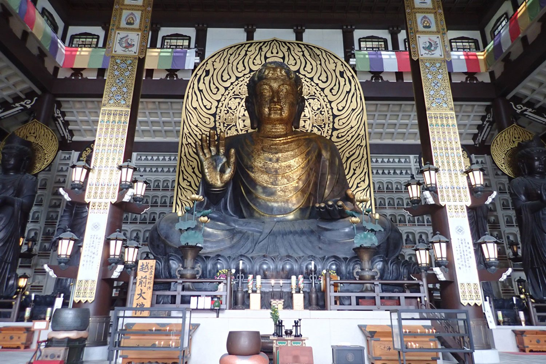 東大寺の大仏よりも2mも高いという、福井県勝山市の越前大仏(2019年)